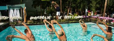 Gruppe bei Aqua-Gymnastik in der großen Lagune