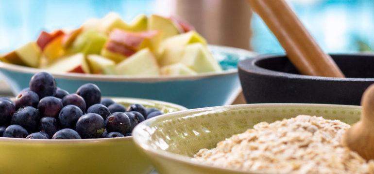 Zutaten für das Frühstücks Porridge